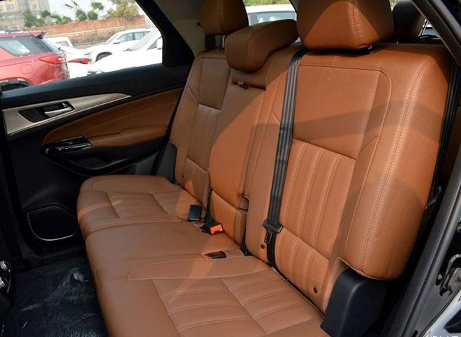 北京车展上市的荣威RX8 能搅动中大型SUV市场吗